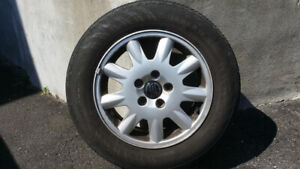 4 Rims/Mags (5x108mm bolt pattern) with 4 Summer tires installed
