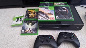 Xbox one bundle with wheel! No issues, no longer need.