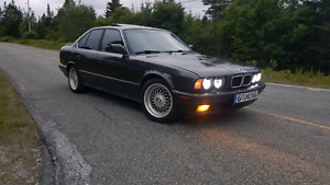 1989 BMW 525i Modded and fresh Mvi