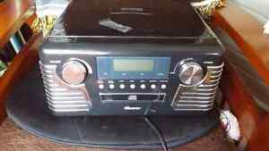 Retro record player with AM/FM/CD player