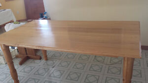 Maple Dining Table