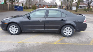 2007 Ford Fusion 4cyl LOW KM