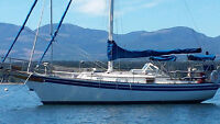 32' BAYFIELD SAILBOAT WITH DINGY AND MOTOR