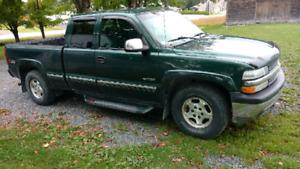 silverado 1500 4x4 , king cab , z71 off road