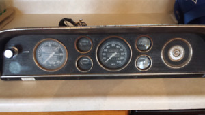 F600 cluster. Will fit 67 to 72 F100