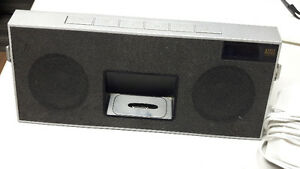 Clock radio Ipod dock Rechargeable with remote