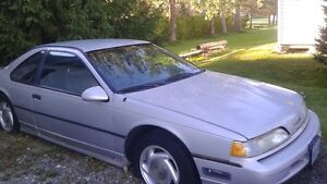 1991 Ford Thunderbird Coupe (2 door)