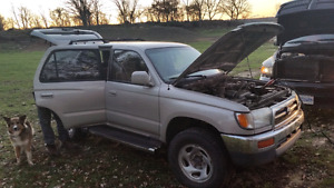 1998 3d gen 4runner for parts. Selling whole vehicle