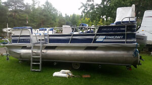 20' pontoon boat with trailer