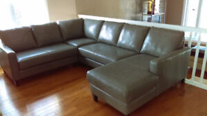 EUROPEAN FULL GRAIN LEATHER SOFA