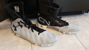 Brand New Cam Newton Football Cleats Men's Size 13.5