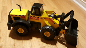 Excellent Used Condition, like new!  Tonka Mighty Front-End Load