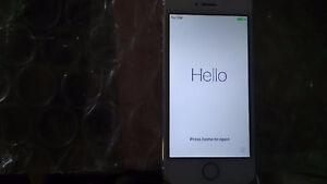 IPhone 5s for sale Rogers telus koodo bell Peterborough Peterborough Area image 3
