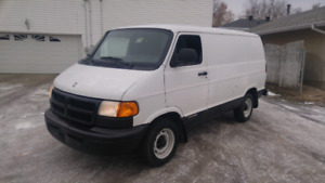 1999 Dodge d 150 cargo van short wheel base