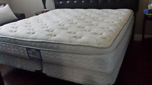 King Size Mattress/Boxspring