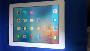 APPLE IPAD 4 4TH GENERATION, WI-FI A1458 32 GB WHITE USED