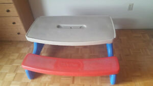 Little Tikes bench in very good condition(lowered price)