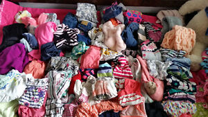 Girls lot of clothes. 2-5T