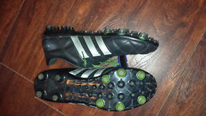 Adidas Soccer Cleats Size 9 London Ontario image 1