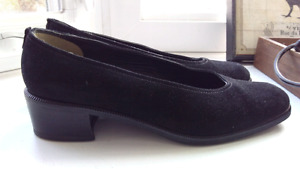 Aquatalia, Black Suede Shoes, Size 9 (US)