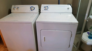 White Iglis Washer and Dryer