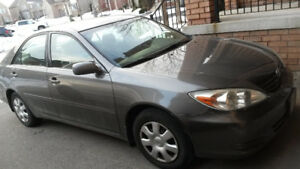 2004 Toyota Camry LE great family car!