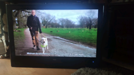 """42"""" F&H with Built-in Freeview and HDMI"""