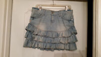 JEAN SKIRT- GUESS-SIZE 28
