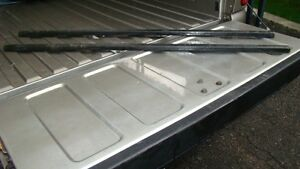 Thule 50 inch, Square load bars,