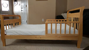 Toddler bed with mattress & cover