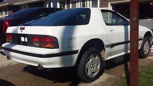 1986 Mazda RX-7 GXL Coupe (2 door)