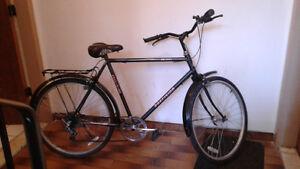Vélo 7 vitesses précision si répond pas à mais imail  appel moi