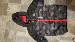 Boys puffy jacket - size small
