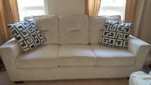 Sofa/couch for sale bought from Ashley furniture
