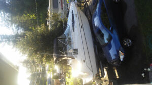 1998 bayliner Ciera 2355 with brand new 0 hours 5.7 ltr fuel inj