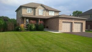 Mount Brydges 2 Storey - Just Move In!