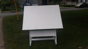Drafting art table