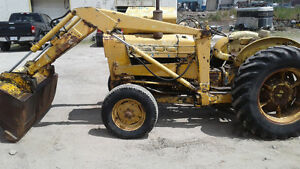Ford 3500 industrial Tractor sale pending