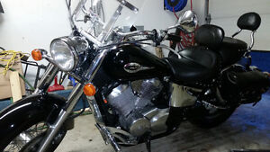 2001 Honda Shadow ACE 750 - Extra Chrome
