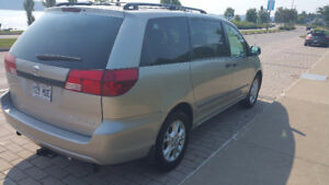 2005 Toyota Sienna CE AWD 7 passagers