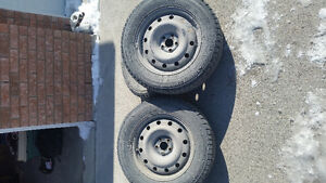Snow tire package , 215/65/16