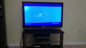 TV Sharp Aquos 42 Inch LCD LC-42D62U