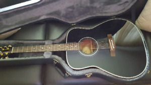 YAMAHA ACOUSTIC GUITAR & CASE