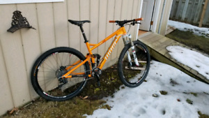 """2013 niner jet 9 29"""" mint condition  mountain bike size md full"""