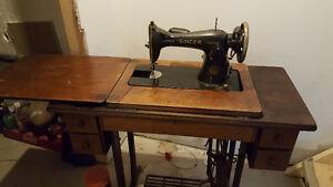 2 Singer sewing machines Regina Regina Area image 2