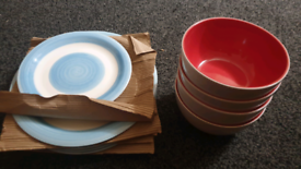 Plates and bowls for free