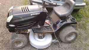 Murray select 42 in 16.5hp  lawn tractor