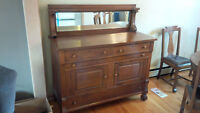 ANTIQUE OAK SIDEBOARD IN EXCELLENT SHAPE - DELIVERY AVAILABLE