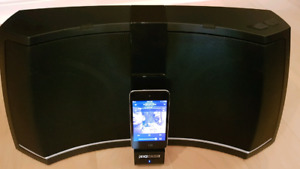 Kicker amphitheater  ipod dock