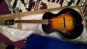 Loar LH300-VS Acoustic Archtop